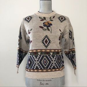 Vintage floral patterned sweater
